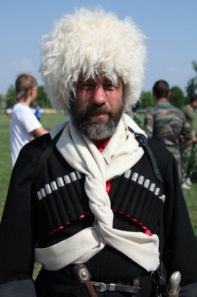 kazak-v-cherkeske